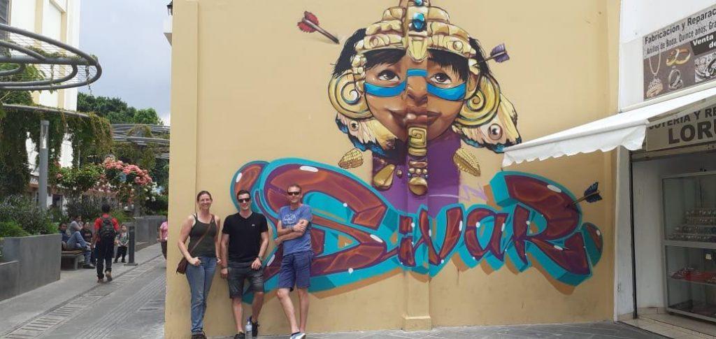 San Salvador transit Tour