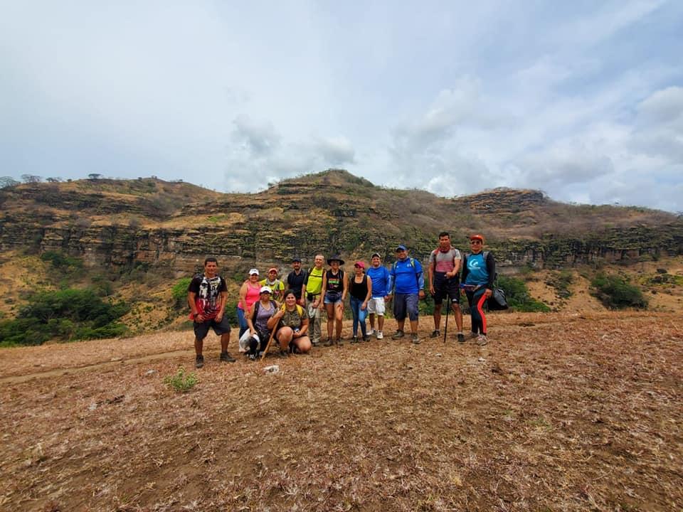 Hiking Tamanique